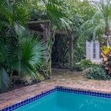 Dom, viacero postelí (Bushwood) - Bazén