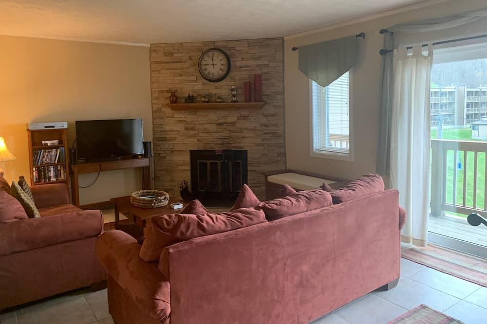 Apartment, Mehrere Betten (Sugar Ski & Country Club Unit 635 Sil) - Wohnzimmer