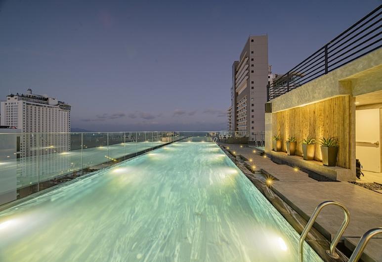 Potique Hotel, 芽莊, 泳池