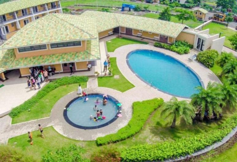The Grand Gardens Resort, 伊格德布里