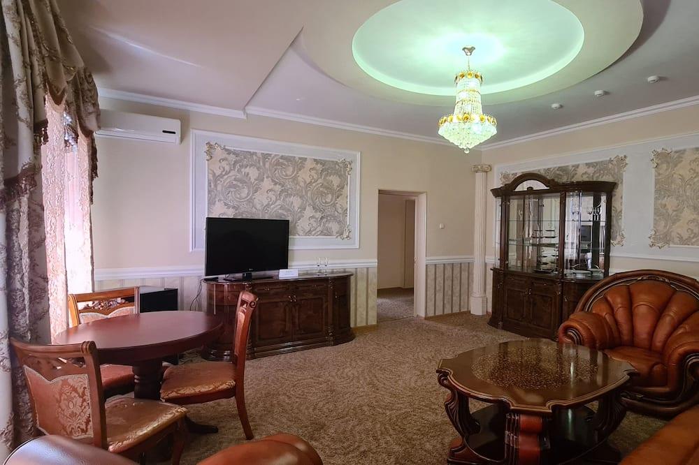 高級套房, 1 張標準雙人床及 1 張梳化床 - 客廳