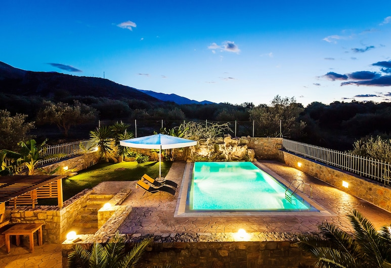 Villa Sisi, Agios Nikolaos