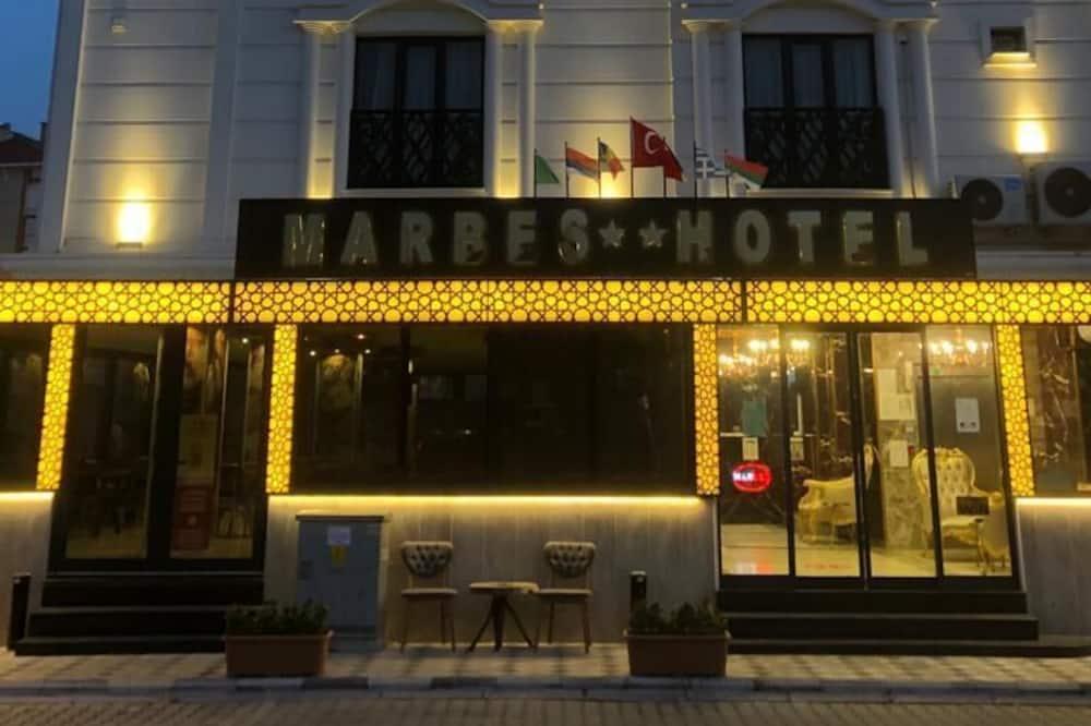 Marbes Hotel