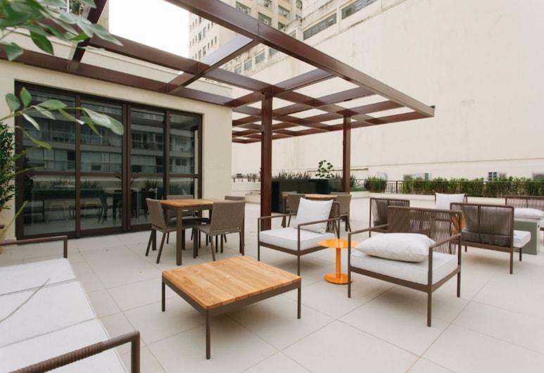 Jacques Pilon Residence, Sao Paulo, Terraza o patio