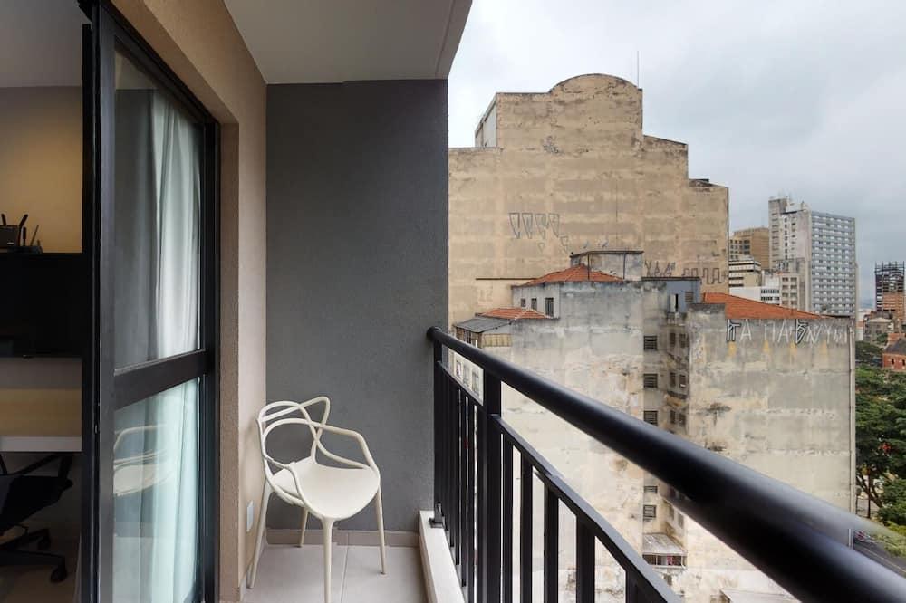 Standartinio tipo studija - Balkonas