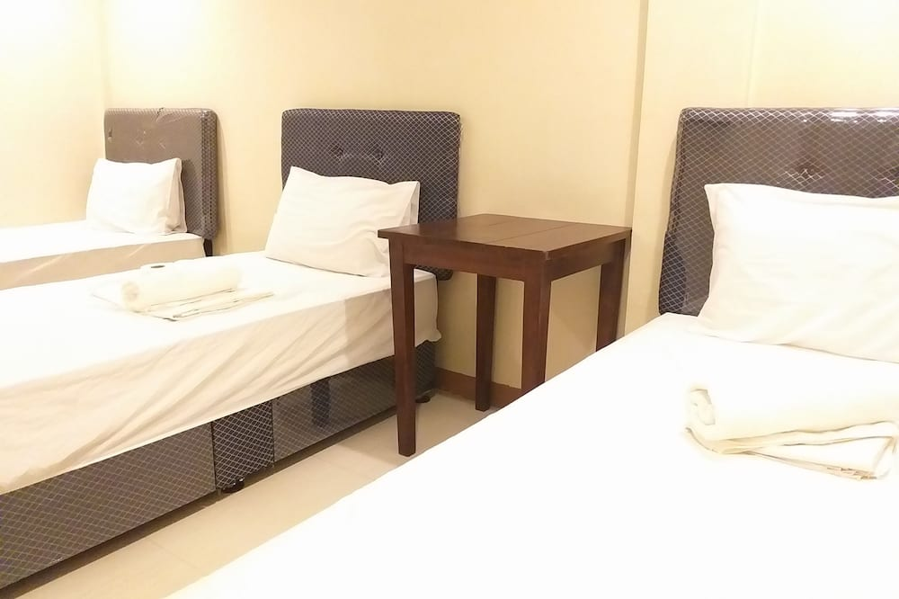 חדר קומפורט לשלושה - חדר אורחים