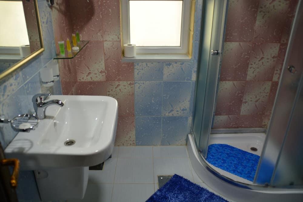 ファミリー ダブルまたはツインルーム 2 ベッドルーム 禁煙 シティビュー - バスルーム