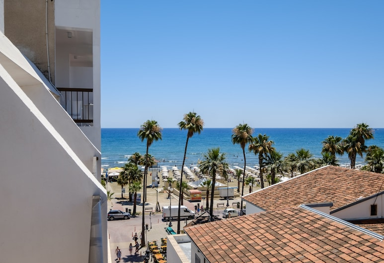 Nautilus Tourist Apartments, Larnaca