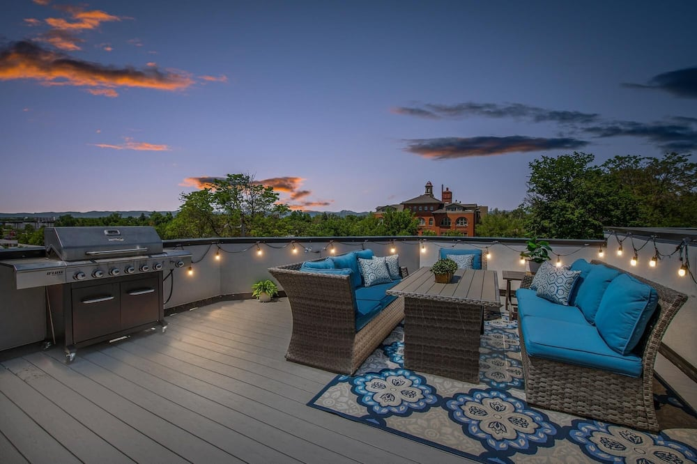 House, Multiple Beds (Perfect Urban Retreat Rooftop Deck Ga) - Balcony