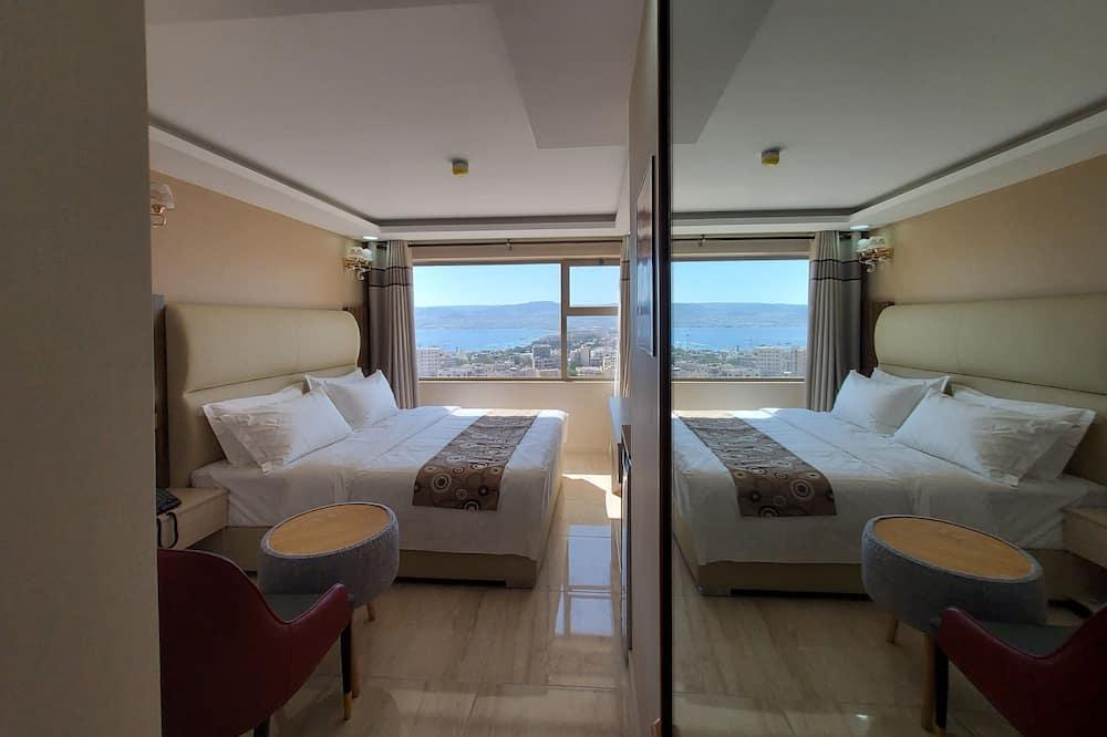 Kambarys šeimai, vaizdas į jūrą (5 Guests) - Svečių kambarys