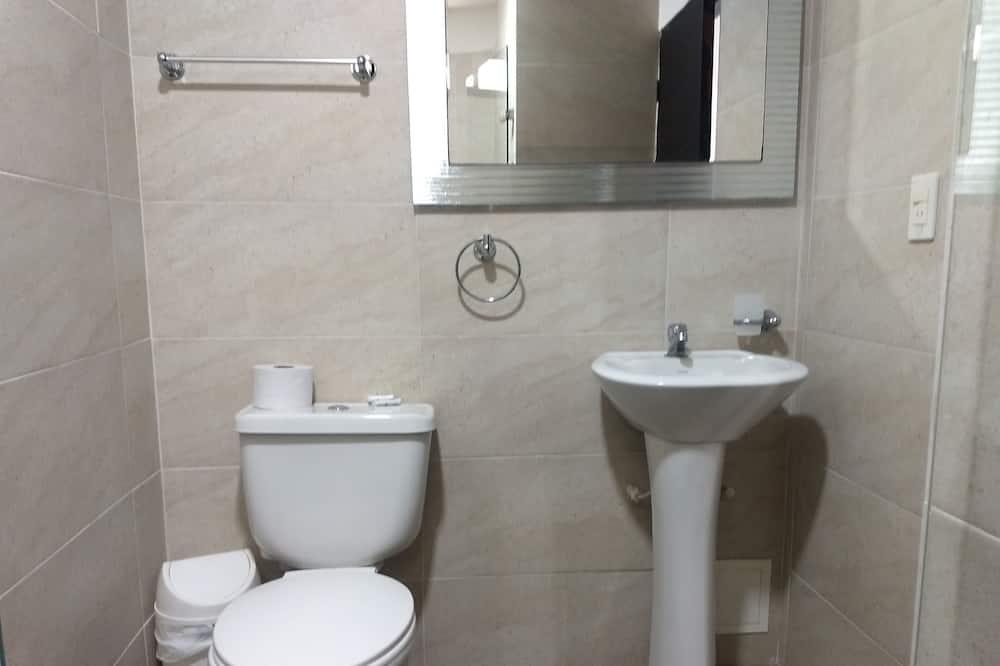 Chambre Double Supérieure - Salle de bain