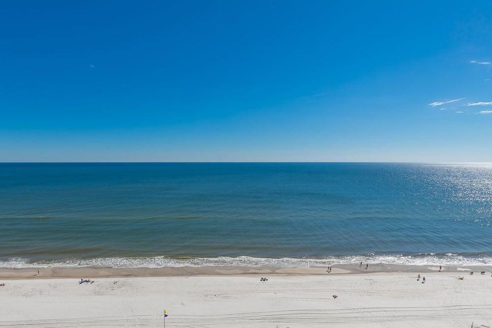 Condo, 4 Bedrooms - Beach