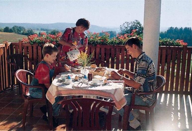 Ferienhof Lang, Naila, รับประทานอาหารกลางแจ้ง