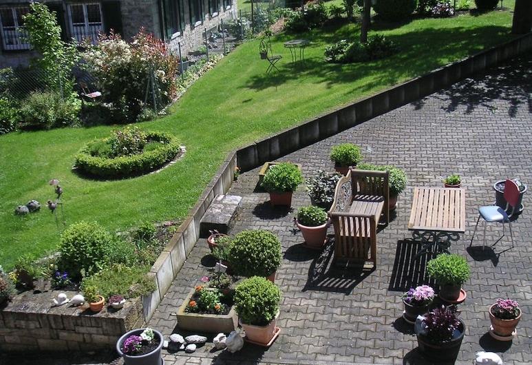 Ferienwohnung Angelika Gries, Margetshoechheim, Vườn