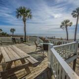 Māja, vairākas gultas (Beach Blessing- Main) - Balkons