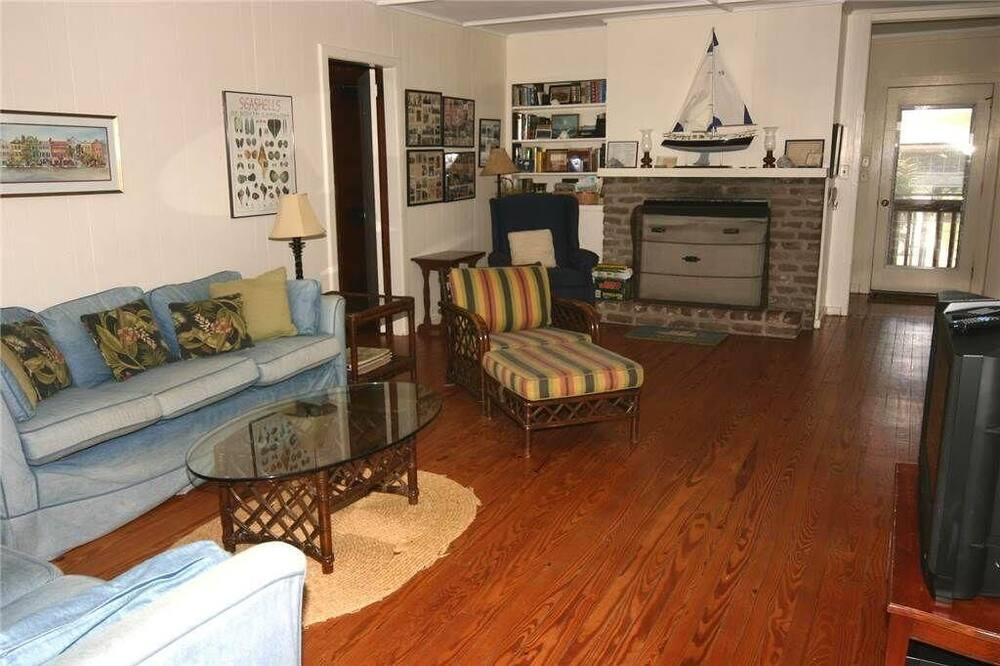 Domek, více lůžek (The Barefoot-Whole House) - Obývací pokoj