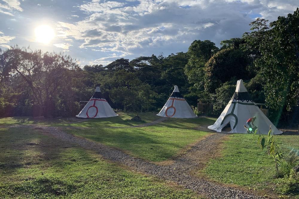 Tält Premium - viss sjöutsikt - Utsikt mot trädgården