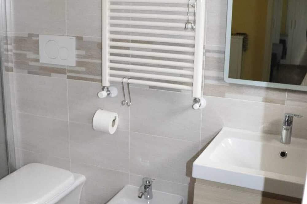 House (One Bedroom) - Bathroom