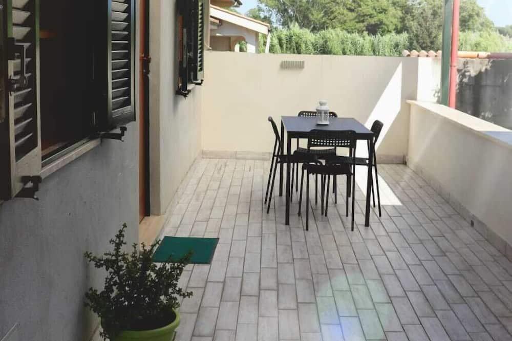 House (One Bedroom) - Terrace/Patio