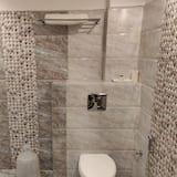 Premium Double or Twin Room, 1 Bedroom - Bathroom