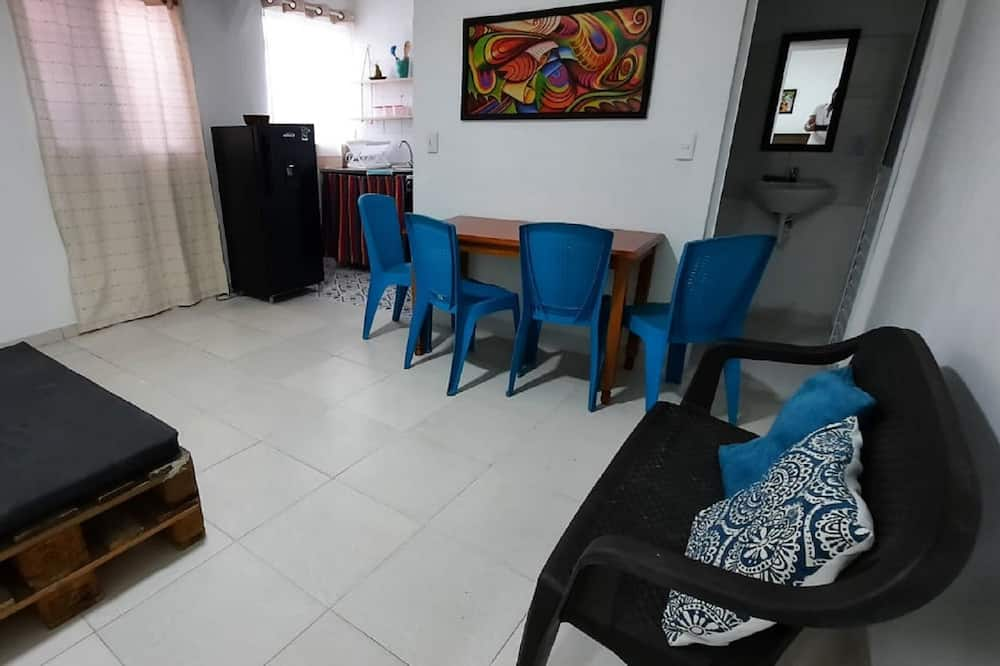 Family Apartment, 2 Double Beds - Living Area
