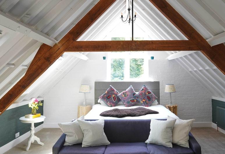 Bird & Carter Fonthill, Solsberis, Prabangaus stiliaus loftas, iš miegamojo pasiekiamas vonios kambarys (Ebble), Svečių kambarys