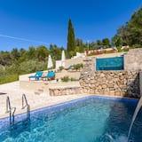 Villa (2 Bedroom Villa with Pool and Hot Tub) - Pool