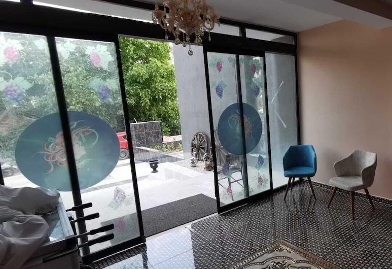 Garden Terrace Otel, Golhisar, Recepción