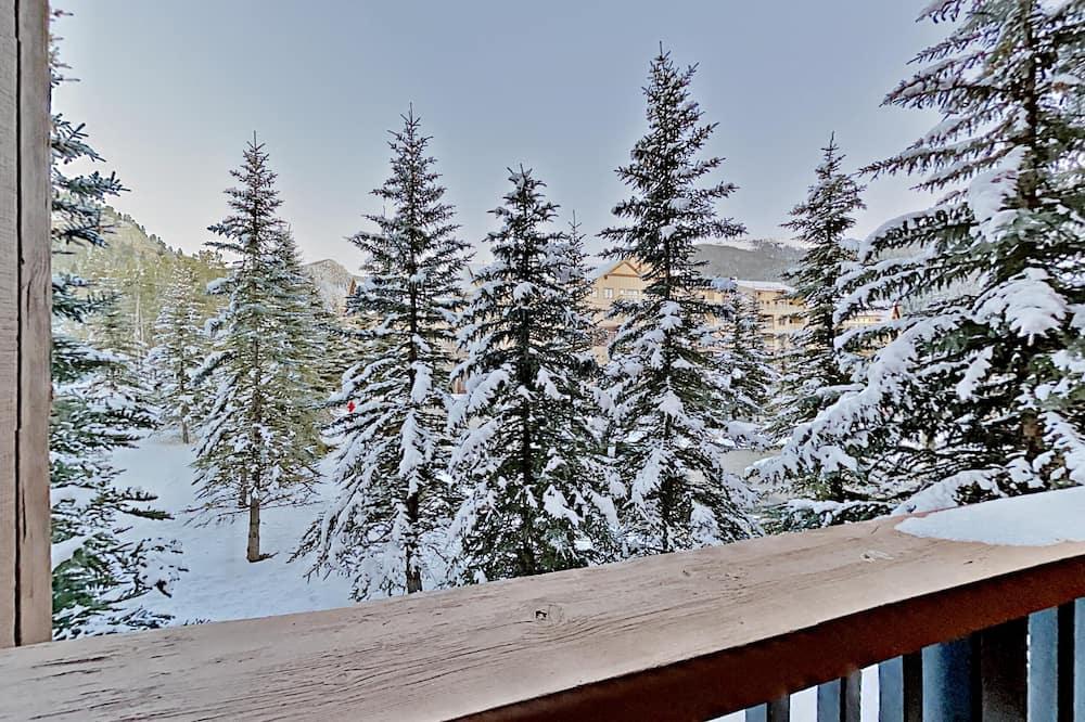 Kondominium, Beberapa Tempat Tidur, pemandangan halaman (Springs 8829) - Balkon
