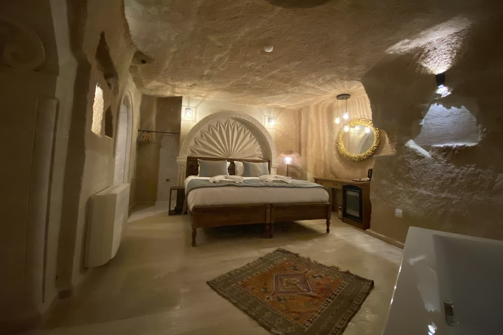 King Suite - Guest Room