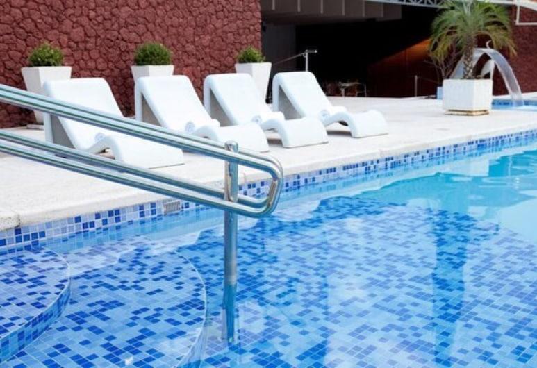 Ritz Plaza Hotel, Juiz de Fora, Bazen