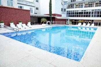 巴巴塞納Ritz Plaza Hotel的相片