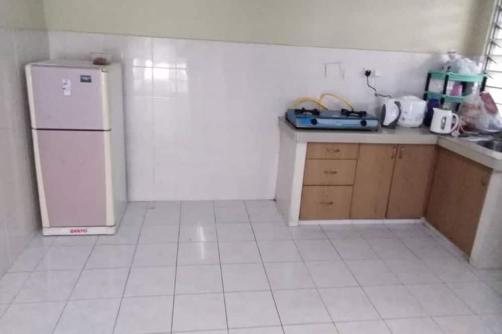 Koplietojuma guļamzāle, tikai vīriešiem - Kopīga virtuve