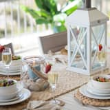 Apartment - Tempat Makan dalam Bilik