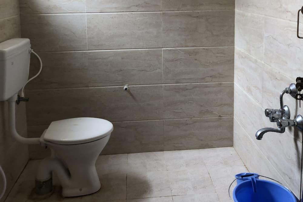 Phòng 4 dành cho gia đình - Phòng tắm