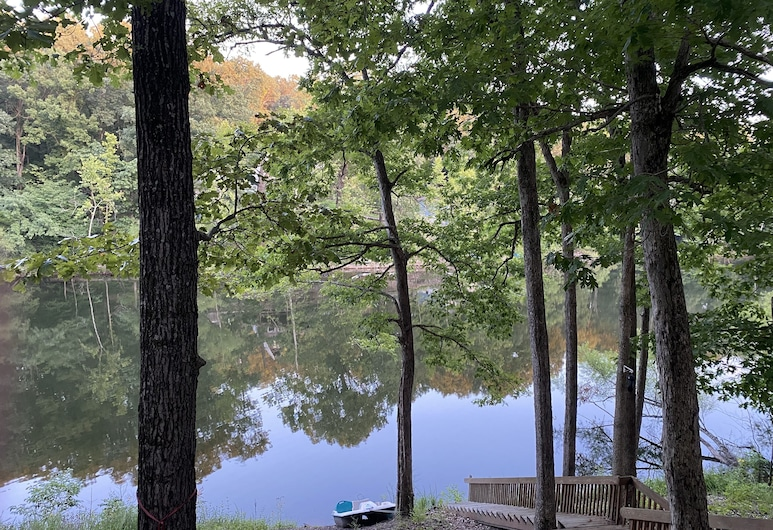 Lakefront Cabin for a Great Escape, Stover