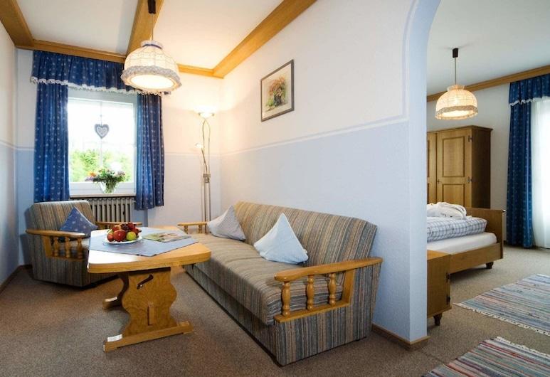 PENSION HOCHFELD, Zwiesel, Suite, Living Area