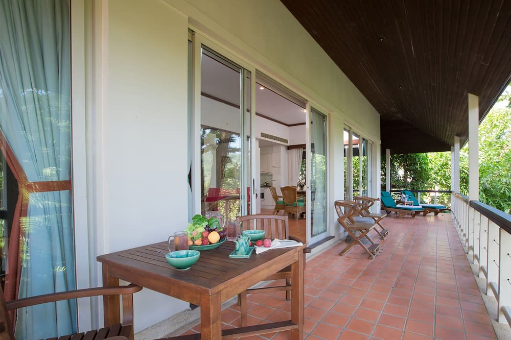 Villa, 3 Yatak Odası, Deniz Manzaralı - Balkon
