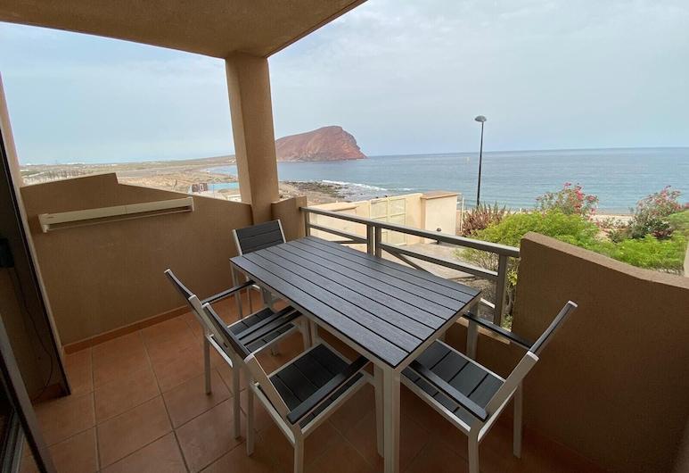 NEW Apartment With Terrace Next to the Beach, Granadilla de Abona, Balcony