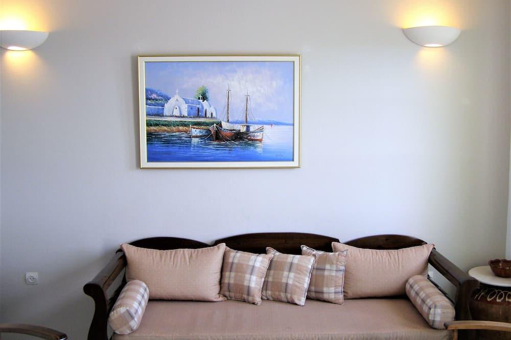 Apartmán, 2 spálne, čiastočný výhľad na more - Obývačka