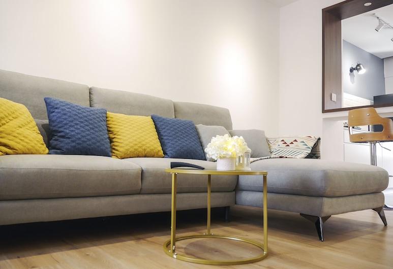 3BR Vacation Home at PJS7 Bandar Sunway, Petaling Jaya, Rumah Kota, Ruang Keluarga