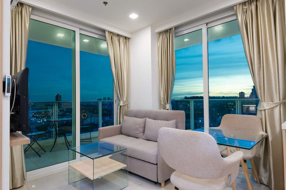 City Garden Tower 2317 -Sea View | City View | Mountain View | Swimming Pool - Living Area