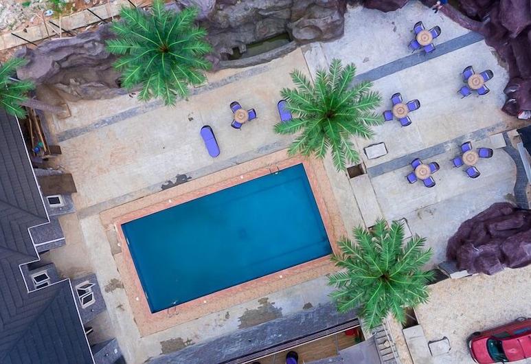 Royal Spring Palm Hotel & Apartments, Оверри, Открытый бассейн