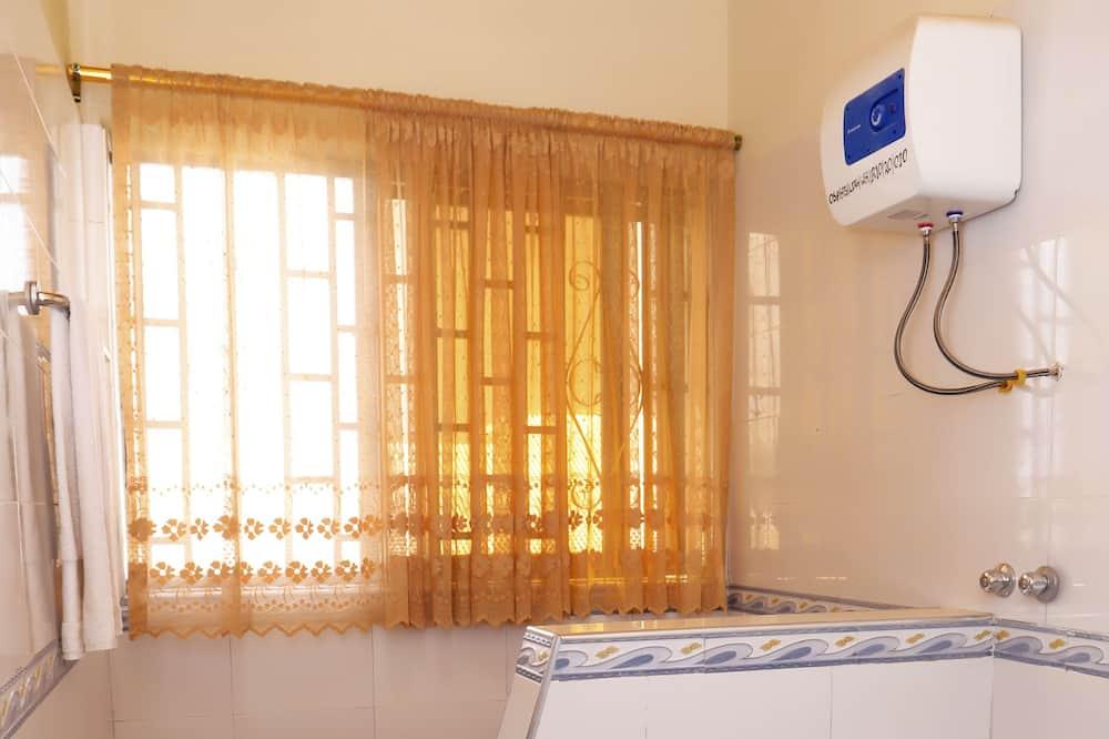 חדר בייסיק יחיד - חדר רחצה