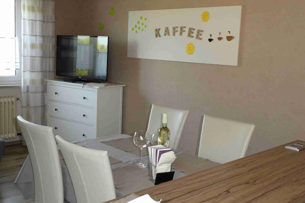 Apartment, Patio - In-Room Dining