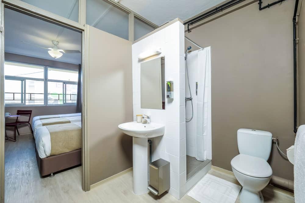 Standardna soba, Više kreveta (107) - Kupaonica
