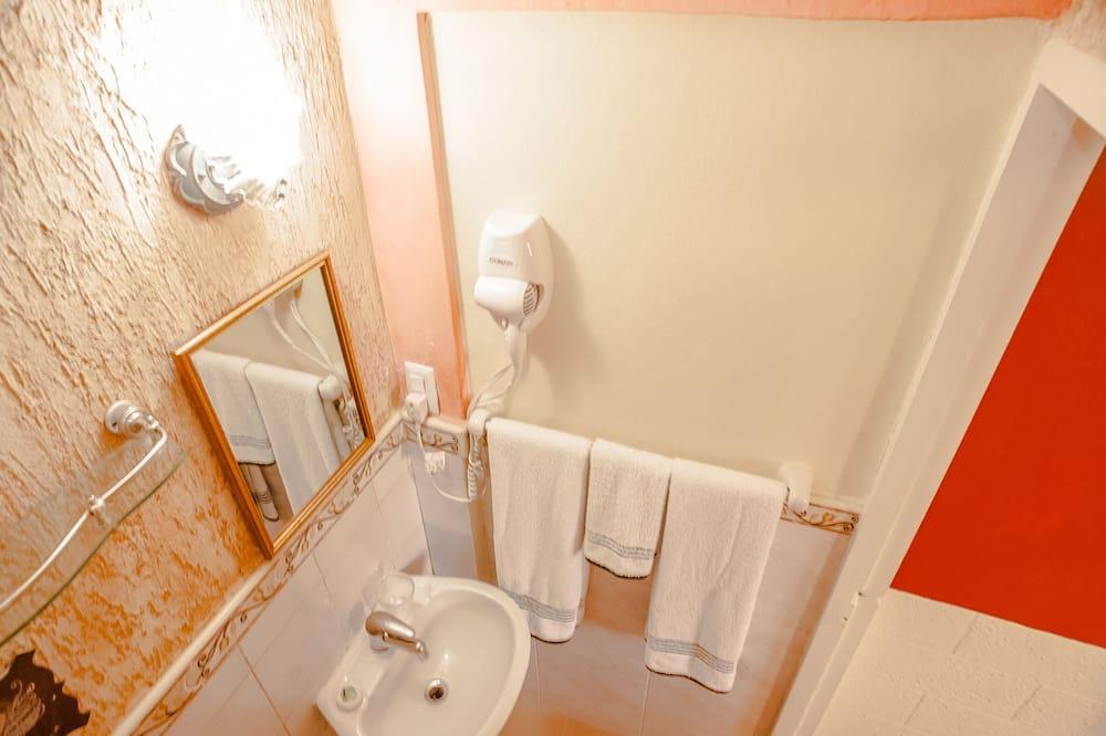 Quarto Duplo, 1 cama de casal - Casa de banho