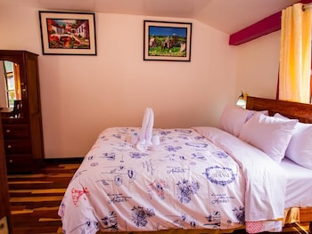 Picture of Mountain View Hotel With Two Terraces - Queen Room 5 in Ollantaytambo