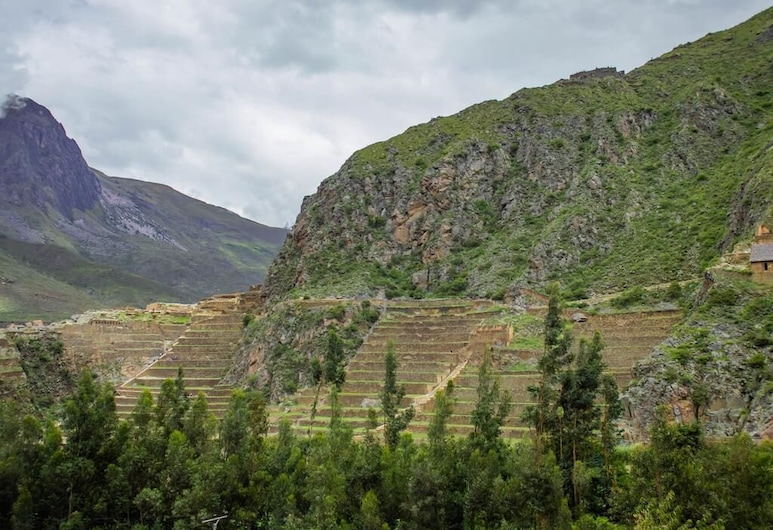 Hotel With Mountain Views With two Terraces - Double Room 2, Ollantaytambo, Hotelový areál