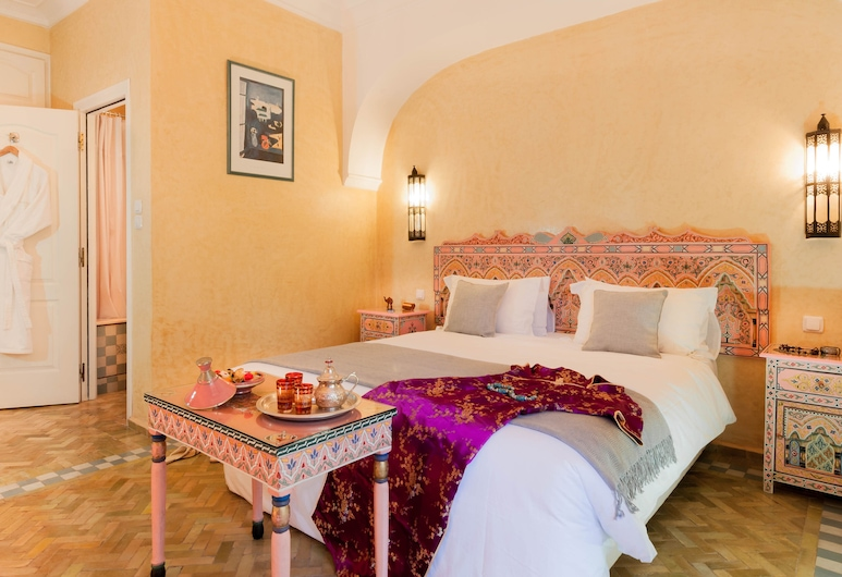 Double Room in a Charming Villa in the Heart of Marrakech Palm Grove, Marrakech